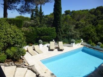 Traumhafte Ferienvilla an der Côte d\'Azur buchen