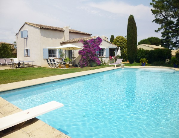 Antibes villa belata maisonazur - Sprungbrett fur pool ...